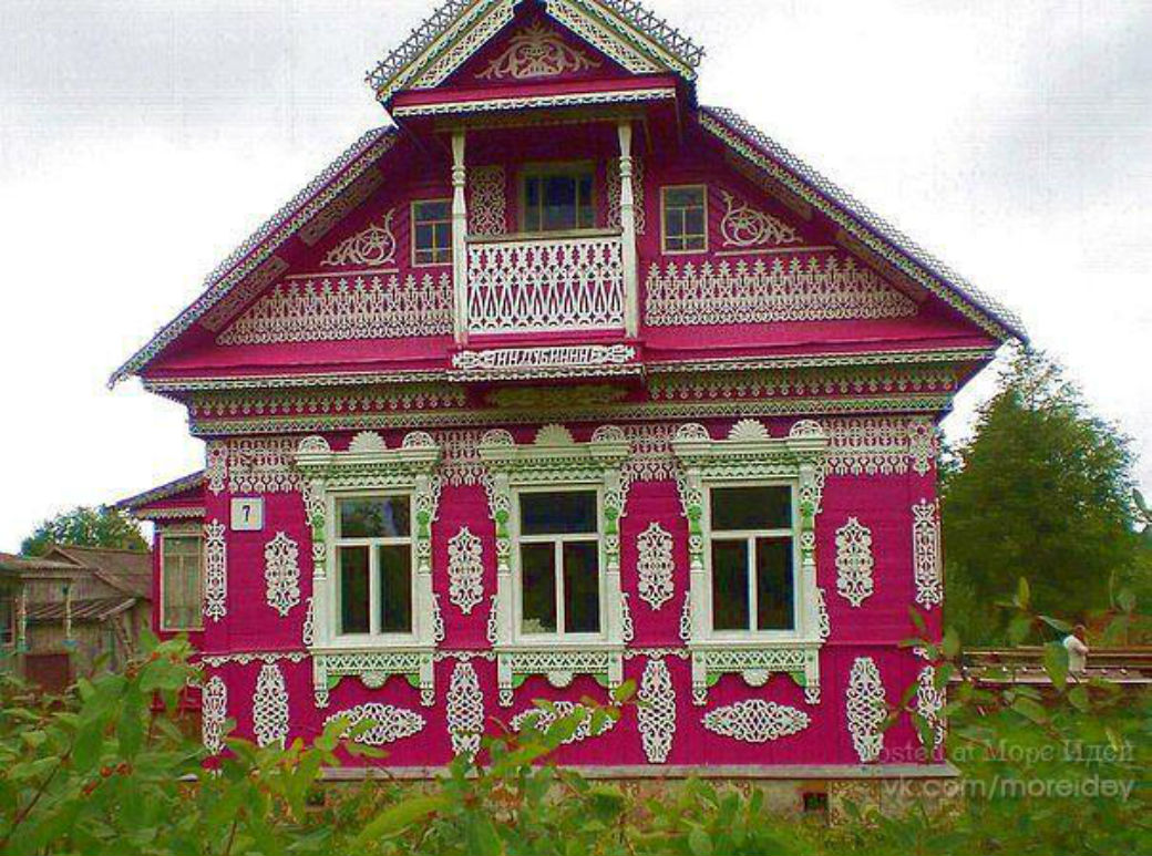Дома из бревна под ключ-фасад одиннадцатый