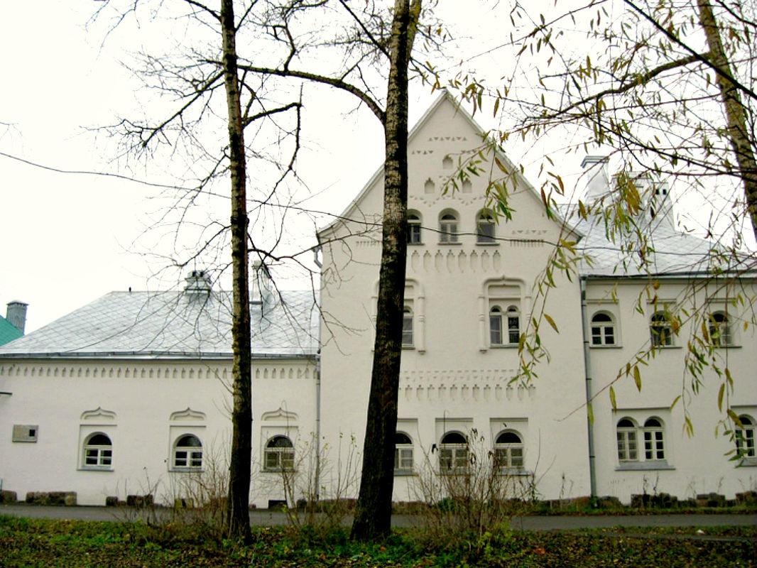 Многощипцовая крыша-фасад №16
