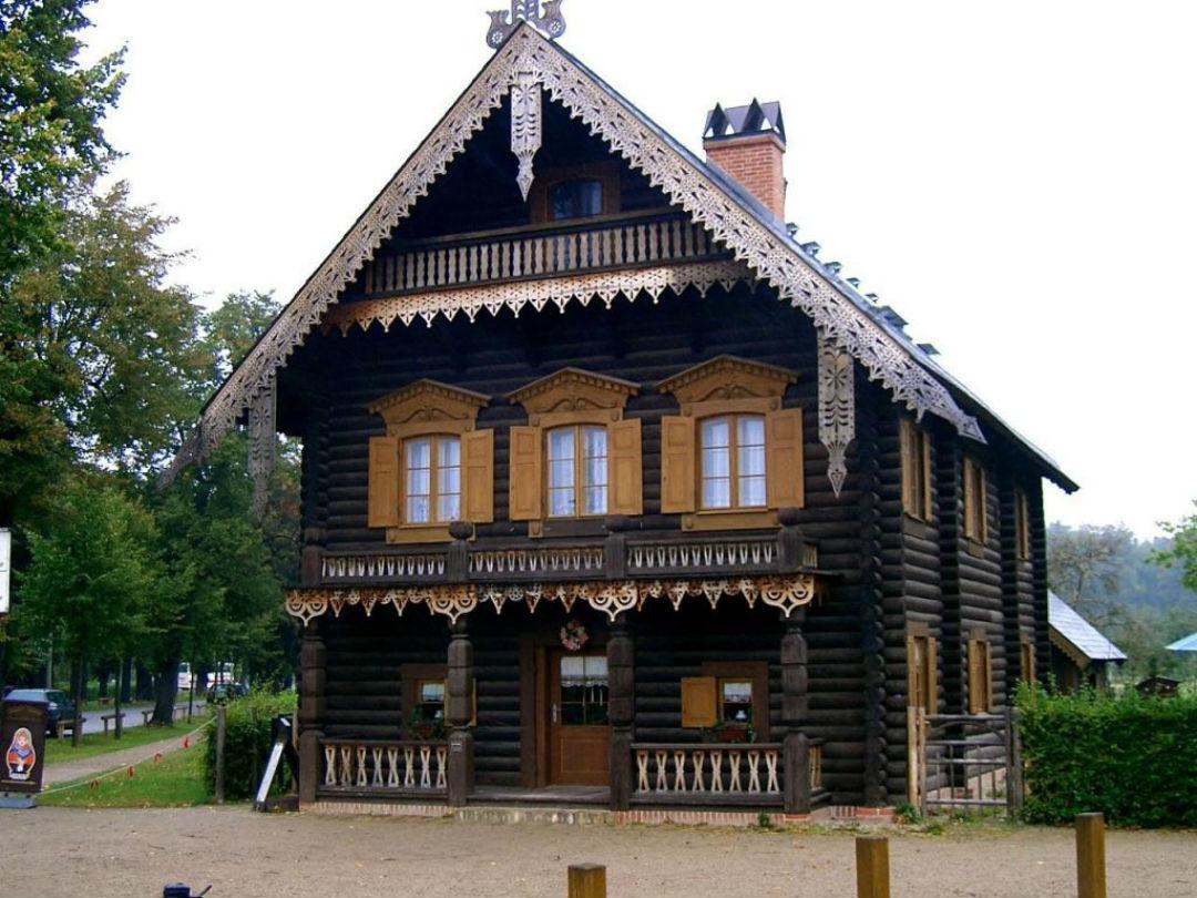 картинки домов из бревен в старину статье показано