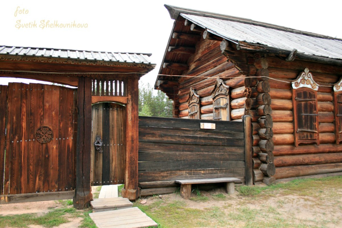 Ворота и заборы в русском стиле-ворота №9