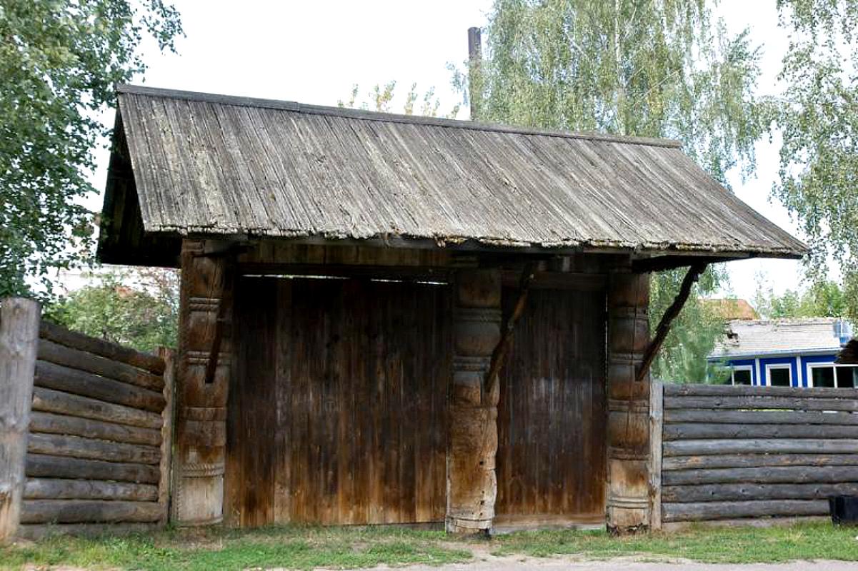 Ворота и заборы в русском стиле-ворота №19