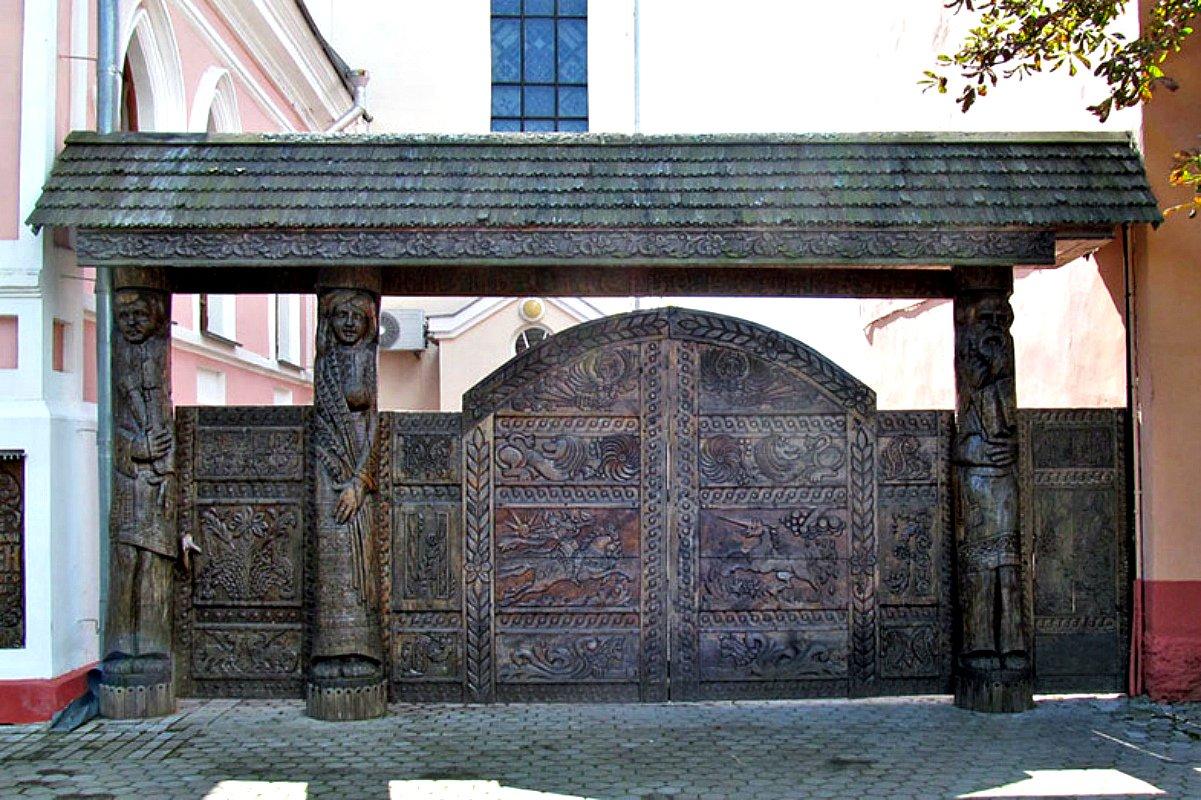 Ворота и заборы в русском стиле-ворота №29