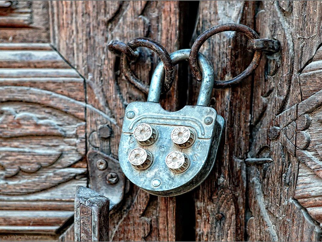 Ворота и заборы в русском стиле-ворота №42
